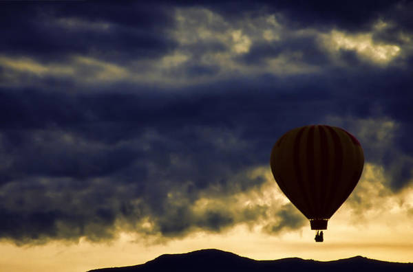 Air Balloon Wall Art - Photograph - Single Ascension by Carol Leigh