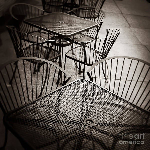 Photograph - Sit And Eat In Memphis Tennessee by T Lowry Wilson
