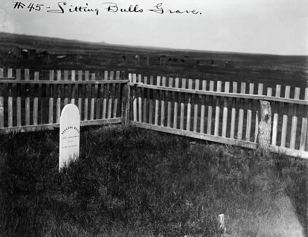 Wall Art - Photograph - Sitting Bull's Grave, C1906 by Granger