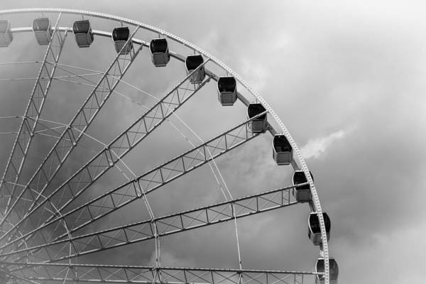 Myrtle Beach Wall Art - Photograph - Skywheel by Ivo Kerssemakers
