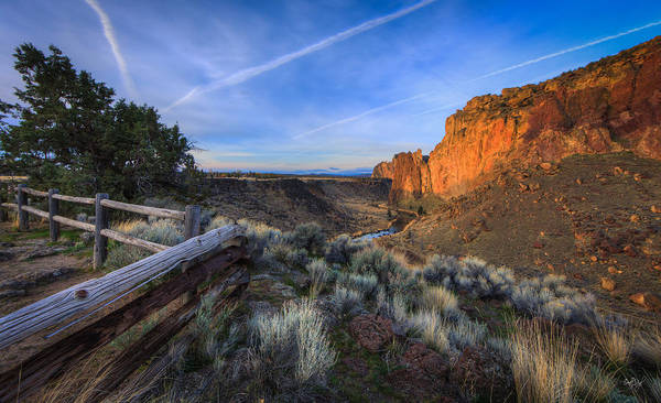 Smith Rock Photograph - Smith Rock Oregon by Everet Regal