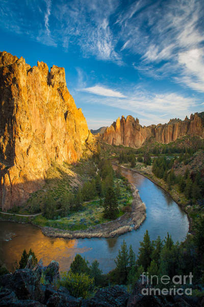 Tree Climbing Photograph - Smith Rock River Bend by Inge Johnsson