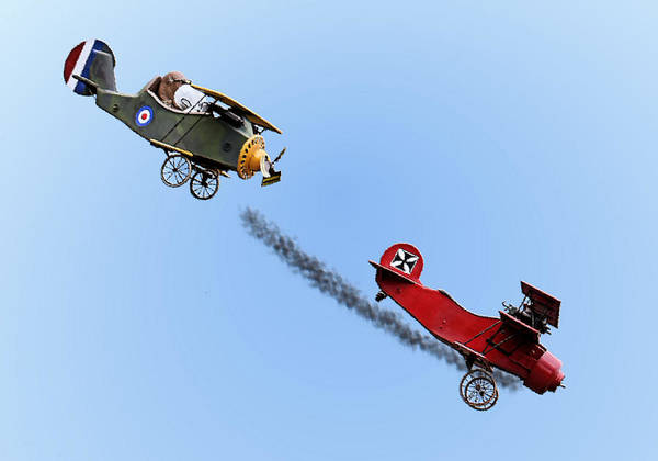 Snoopy And The Red Baron Art Print