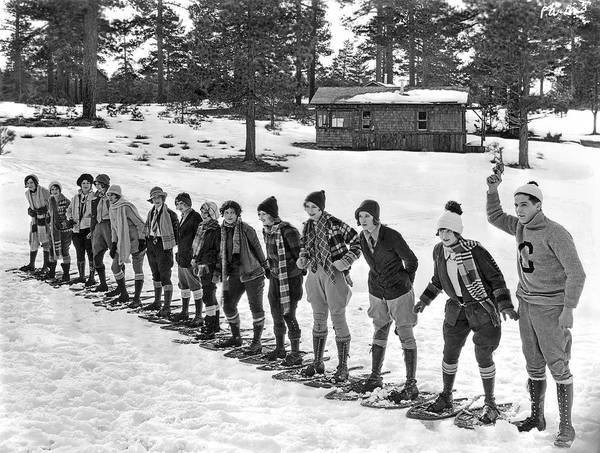 1925 Photograph - Snowshoe Race In The Mountains by Underwood Archives