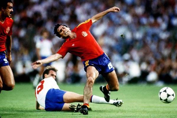 Soccer - World Cup Spain 82 - Group B - England V Spain Art Print by Peter Robinson - EMPICS