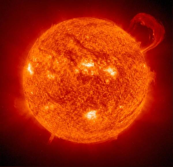 Wall Art - Photograph - Solar Prominence by Soho-eitnasaesa