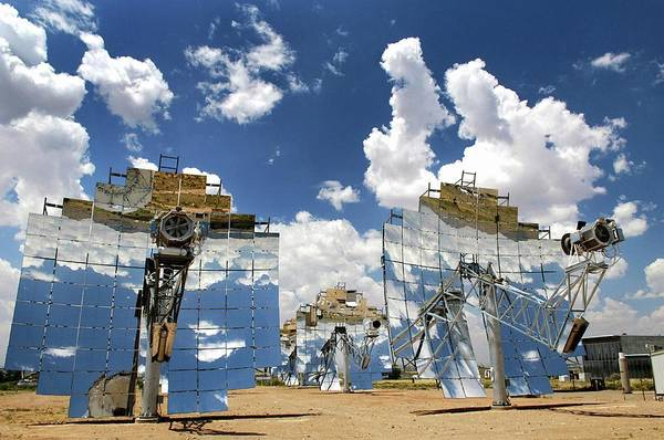 Wall Art - Photograph - Solar Test Facility by Sandia National Laboratory/us Department Of Energy/science Photo Library