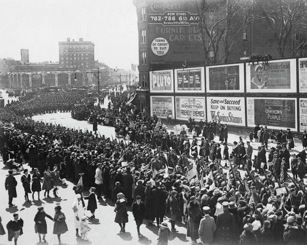 Photograph - Soldiers Welcome Home Parade by Underwood Archives