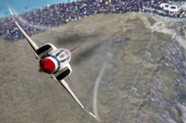 United States Air Force Digital Art - Thunder Over The Crowd by Peter Chilelli