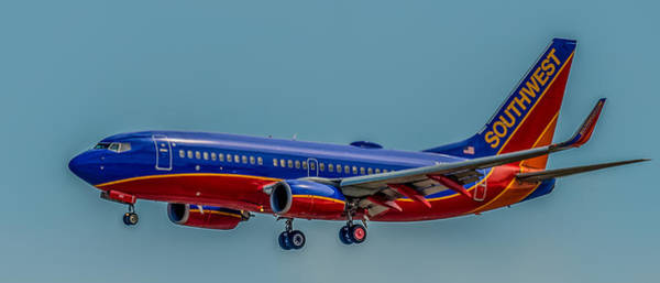 Landing Gear Photograph - Southwest 737 Landing by Paul Freidlund
