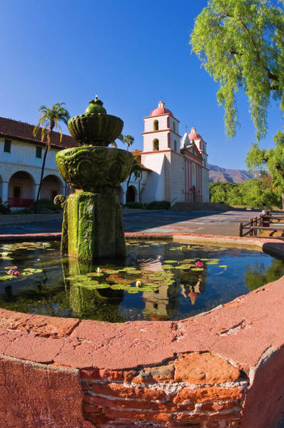 Mission Santa Barbara Photograph - Spanish Fountain At The Santa Barbara by Russ Bishop