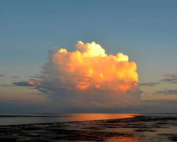 Wall Art - Photograph - Spectacular Cloud In Sunset Sky by Carla Parris