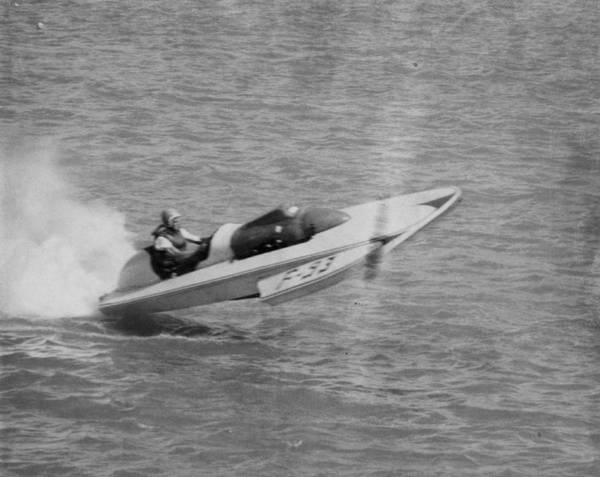 Far Away Wall Art - Photograph - Speed Boat Racing by Retro Images Archive