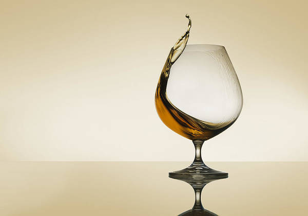 Whiskey Wall Art - Photograph - Splash Curves by Jackson Carvalho