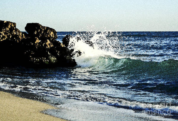 Photograph - Splashing Wave by Janis Lee Colon