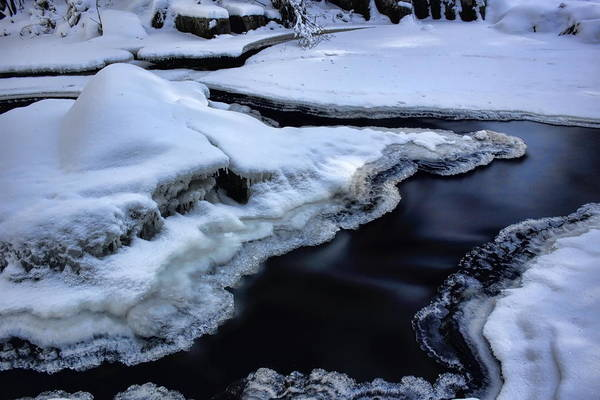 Photograph - Split Flow by Dale Kauzlaric