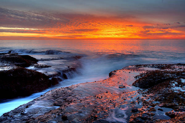 Photograph - Split Rock Sunset by Cliff Wassmann