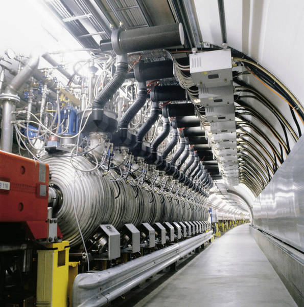 Proton Photograph - Sps Particle Accelerator by Cern/science Photo Library