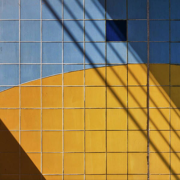 Wall Art - Photograph - Square-\-shadow by Henk Van Maastricht