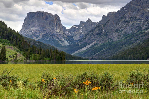 Squaretop Mountain And Upper Green River Lake  Art Print