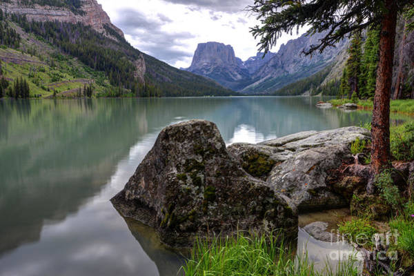 Wind River Range Wall Art - Photograph - Squaretop Mountain Reflected In Upper Green River Lake by Gary Whitton
