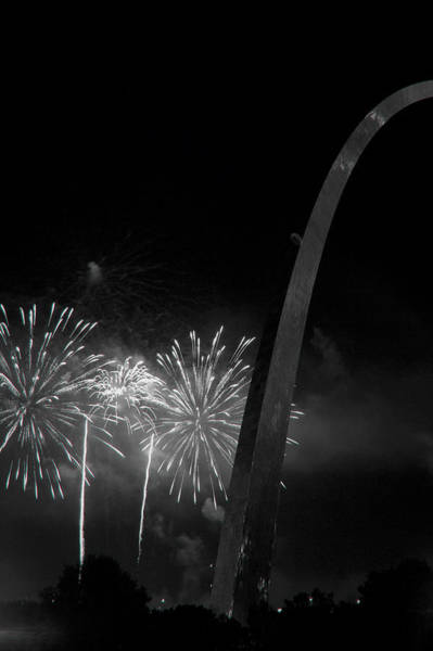 Photograph - St. Louis 4th-5 Bw by David Coblitz