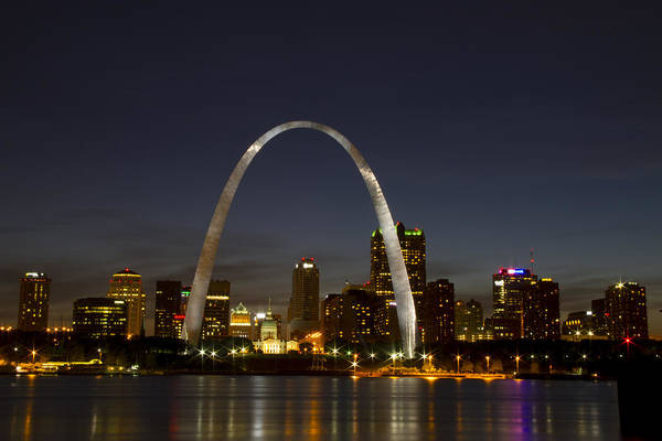 Photograph - St Louis Arch At Night by Garry McMichael