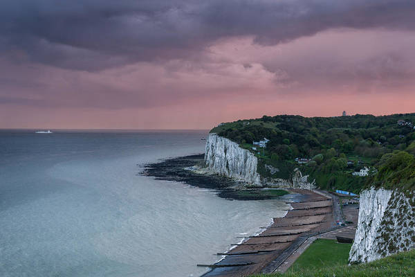 Bay Of Green Bay Wall Art - Photograph - St Margarets Bay Dover by Ian Hufton