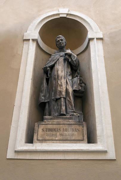 Wall Art - Photograph - St Thomas Aquinas. by Fernando Barozza