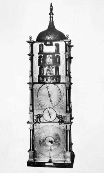 Wall Art - Photograph - Standing Clock, 1589 by Granger