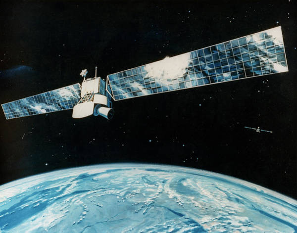 Impression Photograph - Star Wars Surveillance Satellite by U.s. Dept Of Defense/science Photo Library