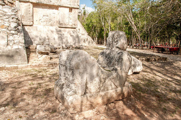 Chichen Digital Art - Statue At Chichen Itza by Carol Ailles