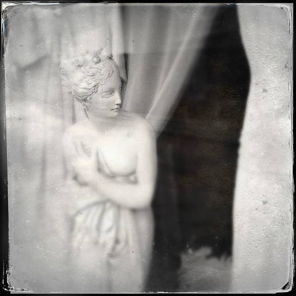Woman Wall Art - Photograph - Statue Of A Woman In Shop Window by Matthias Hauser
