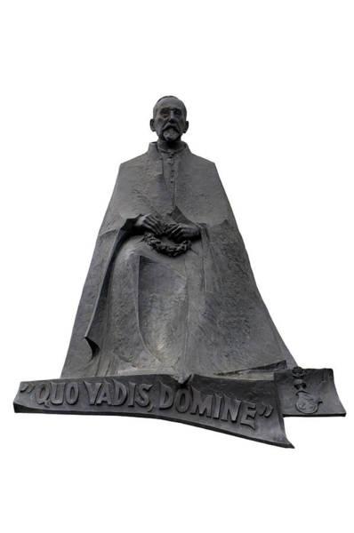 Photograph - Statue Of Henryk Sienkiewicz  by Fabrizio Troiani