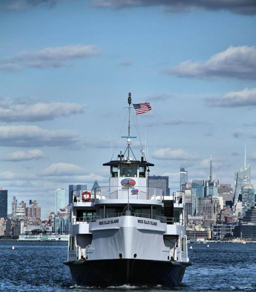 Battery D Photograph - Statue Of Liberty Ferry by Dan Sproul