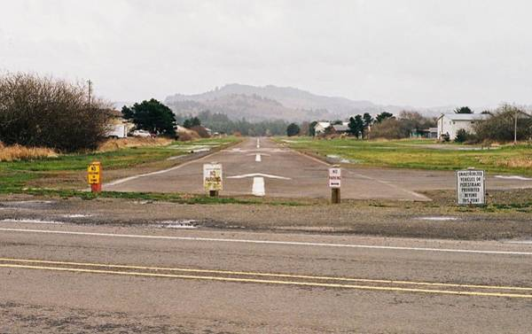Photograph - Stay Off The Runway by HW Kateley