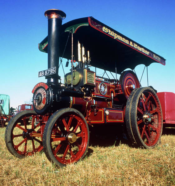 Traction Photograph - Steam Traction Engine by Alex Bartel/science Photo Library