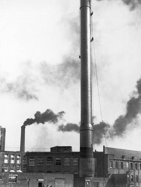 Manufacturing Plant Wall Art - Photograph - Steeplejacks Painting Chimney by Underwood Archives