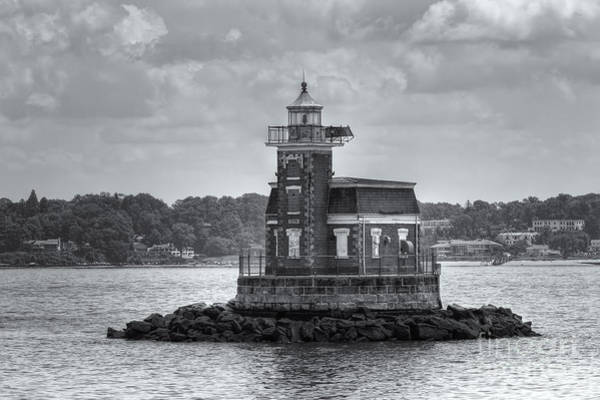 Photograph - Stepping Stones Lighthouse II by Clarence Holmes
