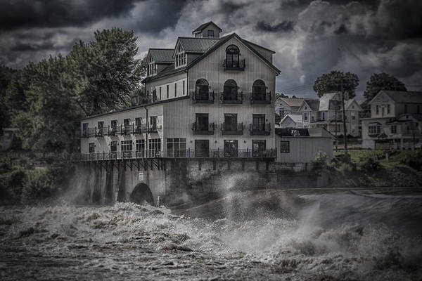 Photograph - Stockport Mill Inn by Jack R Perry
