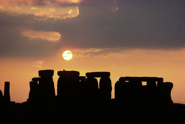 Wall Art - Photograph - Stonehenge At Sunset by Robin Scagell/science Photo Library