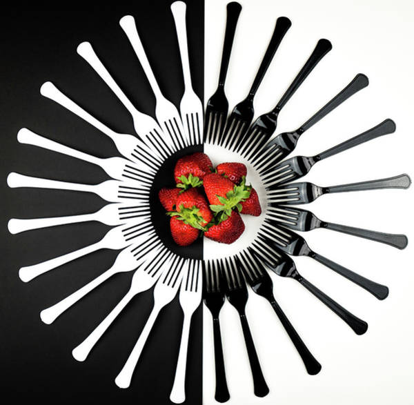 Selective Color Photograph - Strawberry Designs by Mike Melnotte