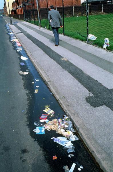Litter Photograph - Street Litter by Robert Brook/science Photo Library