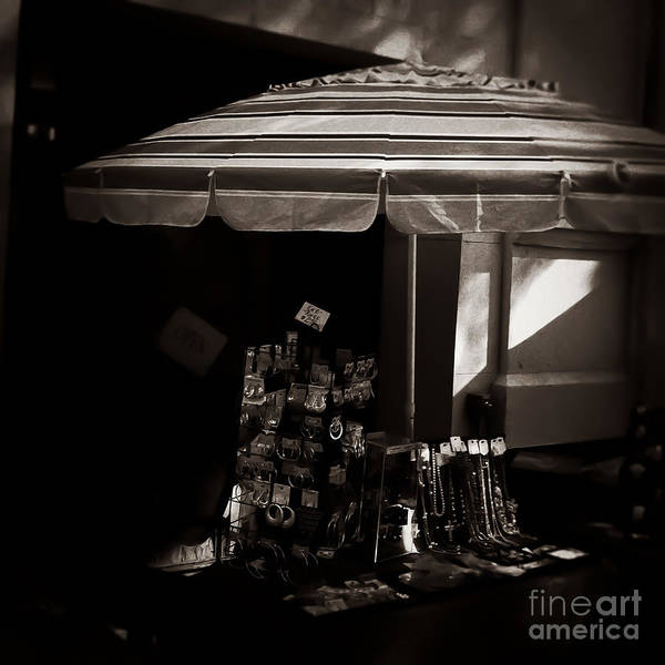 Photograph - Street Vendor Memphis Tennessee by T Lowry Wilson