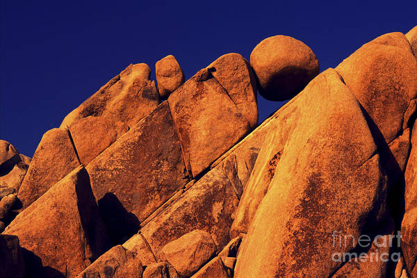 Wall Art - Photograph - Stuck In A Wedge by Paul W Faust -  Impressions of Light