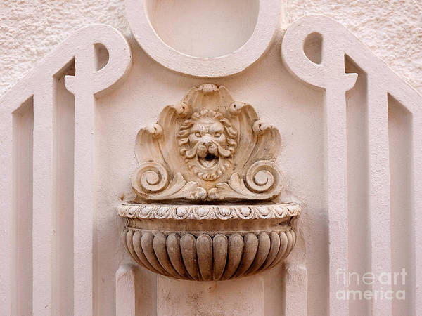 Photograph - Stunning Water Fountain In Spain by Brenda Kean