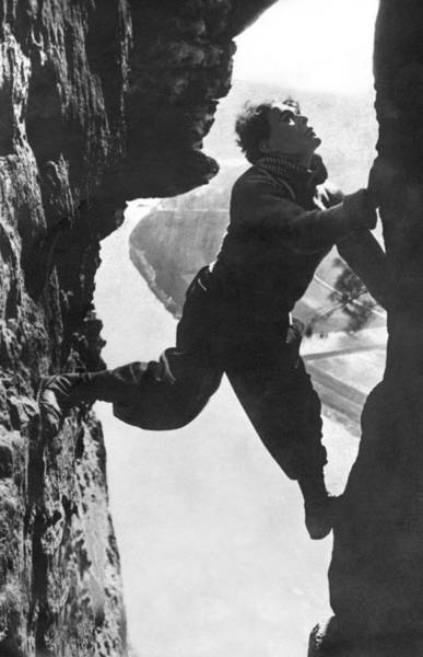 Crevasses Photograph - Stuntman Luciano Albertini by Underwood Archives
