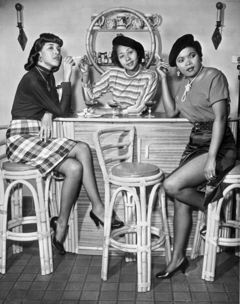 Beret Photograph - Stylish African American Women by Underwood Archives