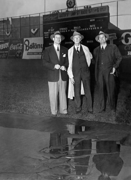 Wall Art - Photograph - Subway World Series Rain by Underwood Archives