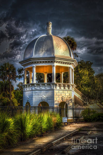 Palm Springs Photograph - Sulfur Springs Gazebo by Marvin Spates